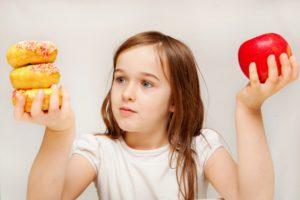 Pourquoi c'est important et des conseils pour faire de meilleurs choix alimentaires pour les enfants