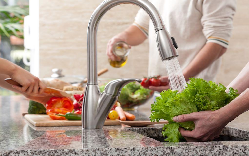 Laver les fruits et les légumes