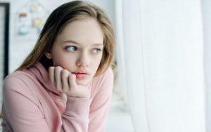 Comprendre les hormones de votre fille adolescente